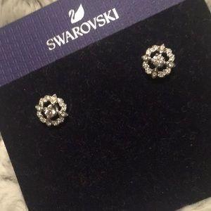 Swarvoski pierced earrings, NWT